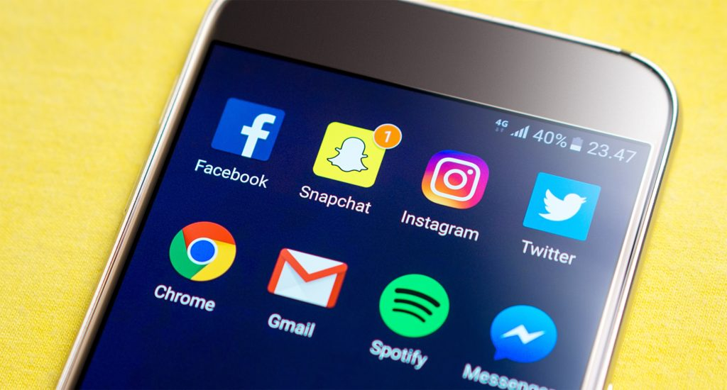 real-time media like snapchat is trending